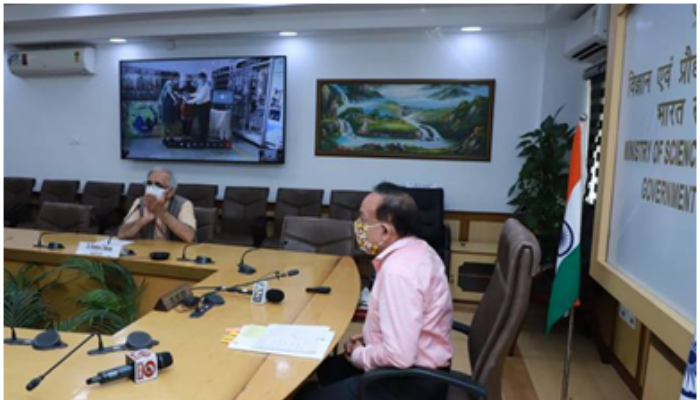 """Dr Harsh Vardhan Launches Eco-friendly, Efficient and DME Fired """"Aditi Urja Sanch"""" Unit at CSIR-NCL, Pune"""